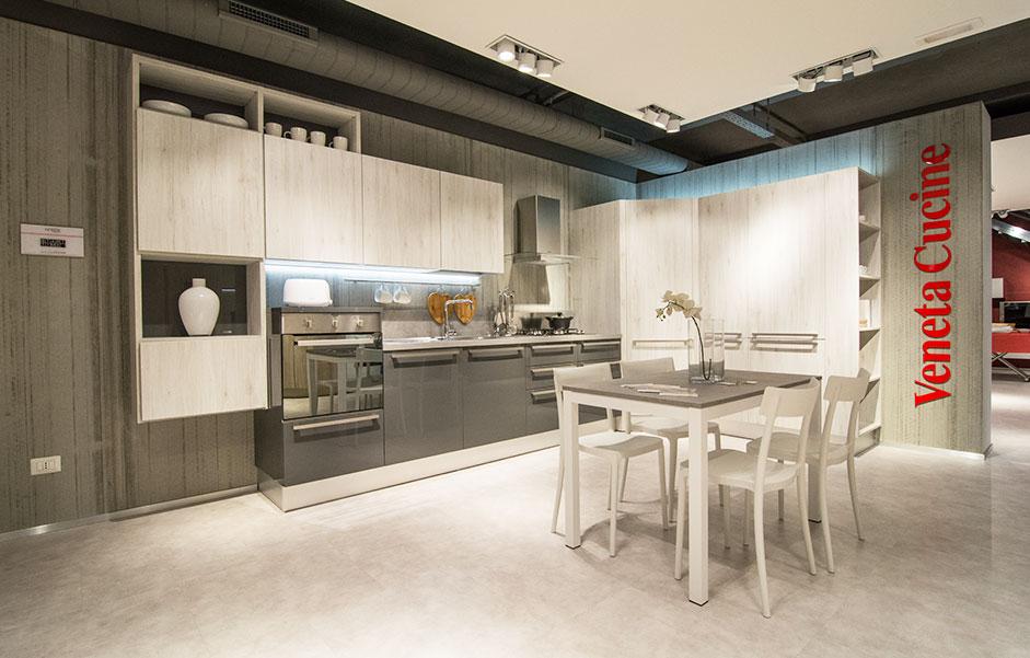 SCONTI 30/40/50% per rinnovo esposizione | Veneta Cucine ...